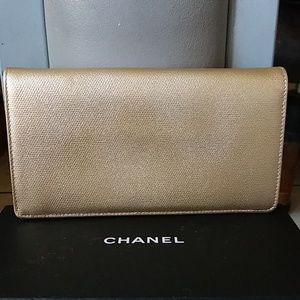 Chanel Bags - Gorgeous Authentic NWOT Chanel Caviar Skin Wallet